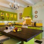 цвет столешницы на оливковой кухне