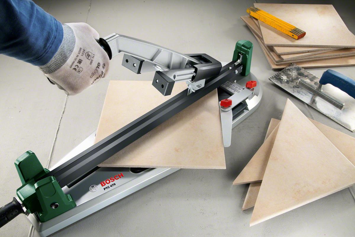 Использование ручного плиткореза и защита рук
