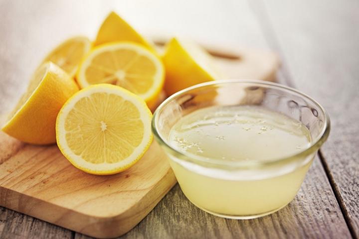 сок лимона от запаха в холодильнике