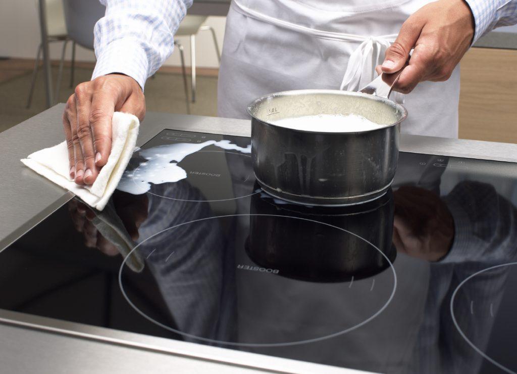Уборка за индукционной плитой