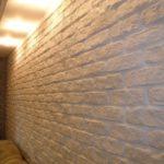 белая стена из гипса