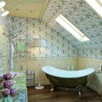 ванна в стиле прованс с испанской плиткой