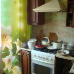 наклейка на холодильник лилия