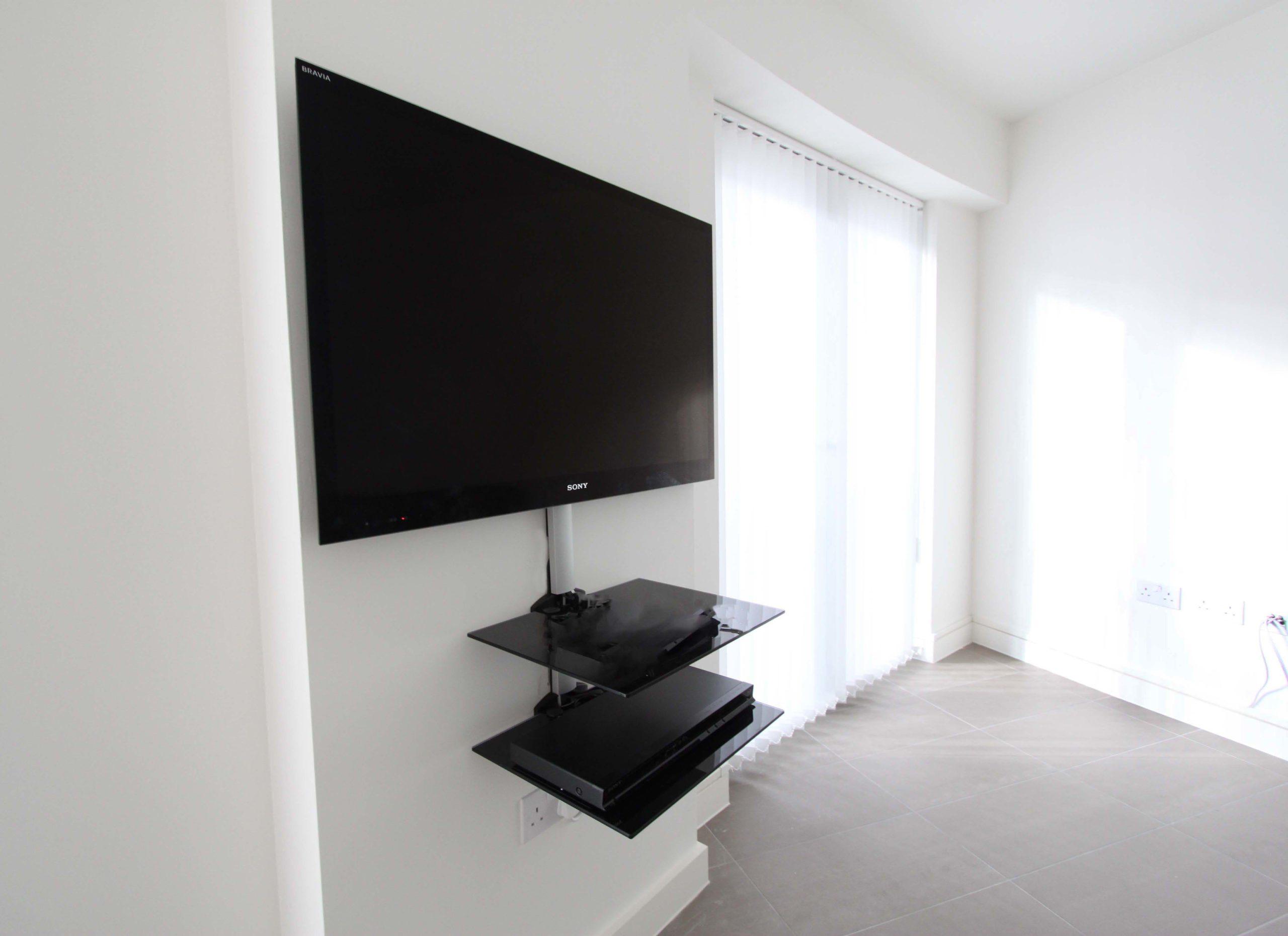 телевизор в интерьере современного дома
