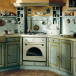 зеленоватая кухня прованс