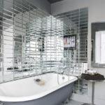 зеркальные стены в ванной