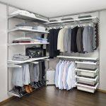 Компактная и вместительная гардеробная система