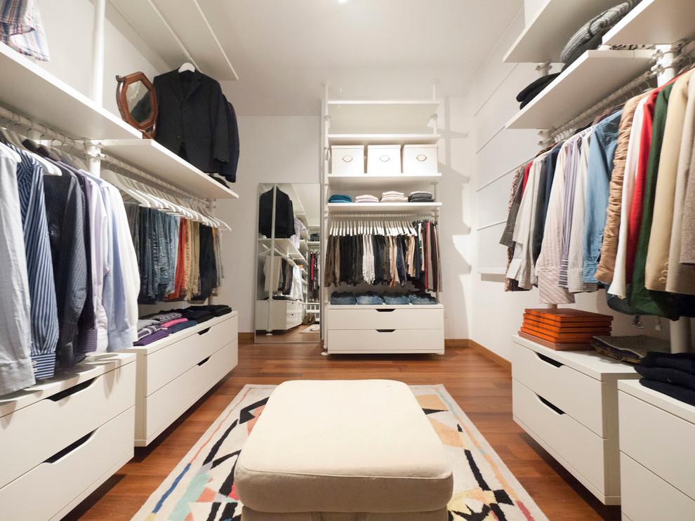 Большая гардеробная комната от Икеа