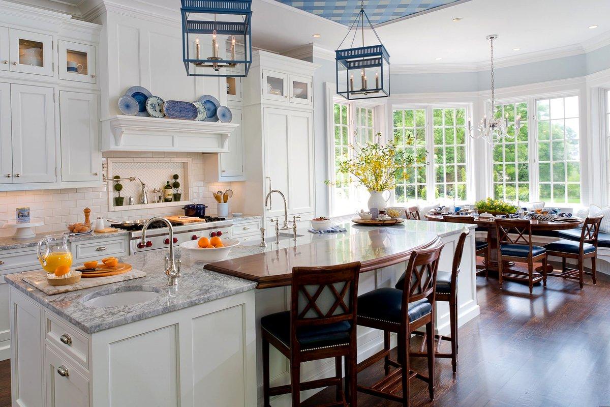полочки на кухне в английском стиле