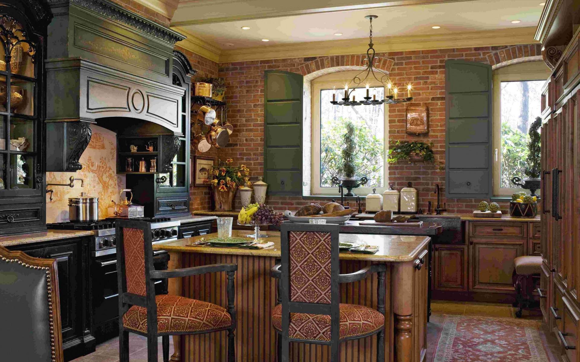 теплые яркие цвета в интерьере кухни