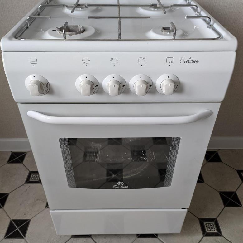 белая газовая плита де-люкс