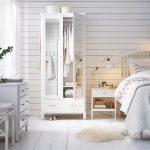 красивый дизайн белой спальни