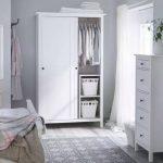 светлая мебель для спальни от икеа