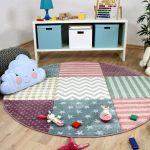 коврик в детскую в нежных тонах