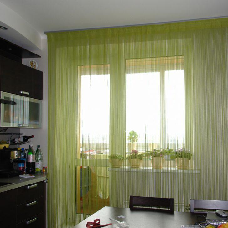 нежный зеленый тюль для современной кухни