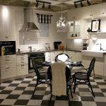 """шахматный пол на кухне Икеа """"Будбин"""""""