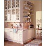 """высокие шкафы на кухне Икеа """"Будбин"""""""
