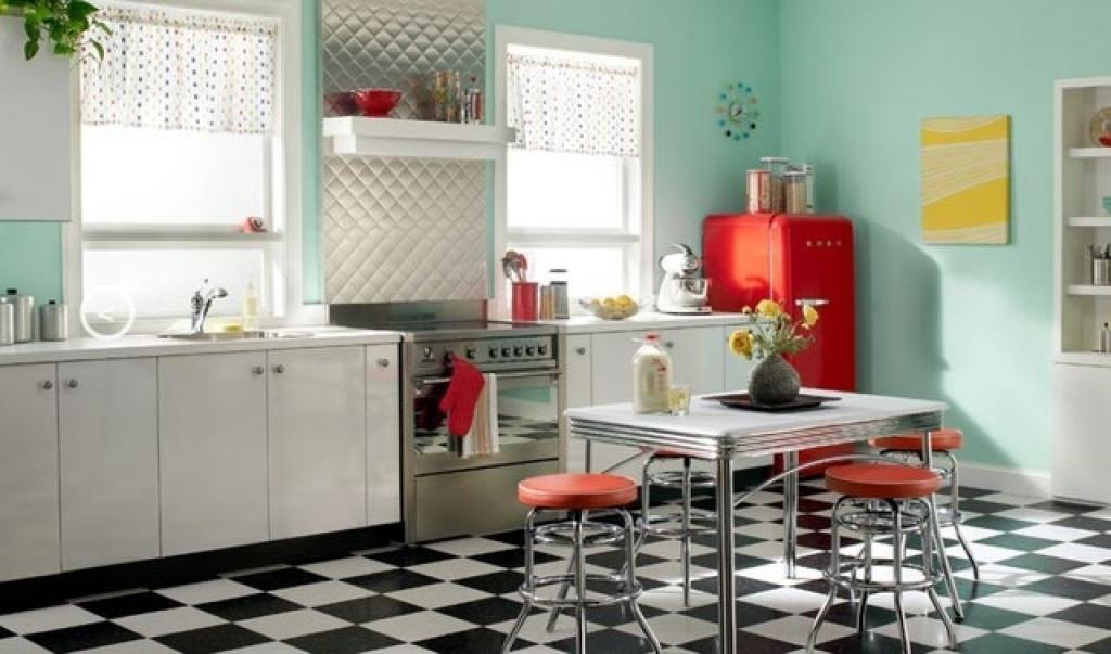 кухня в стиле ретро четырехцветная