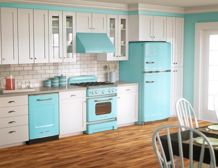 кухня в ретро стиле в белом и голубом цвете