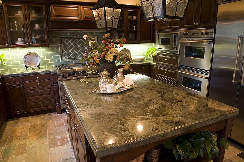 уникальная мраморная столешница на кухне