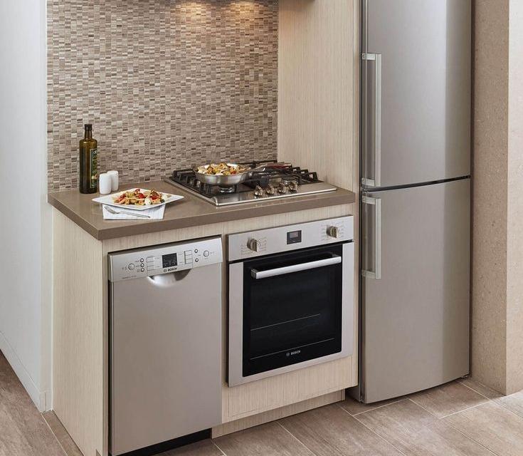 холодильник и газовая плита