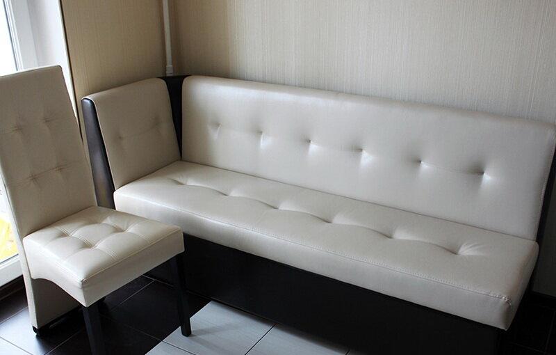 прямой кухонный диван
