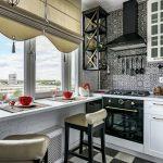 стильная кухня с широким подоконником