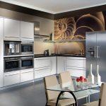 неповторимый дизайн угловой кухни