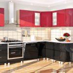 красные навесные шкафы на угловой кухне