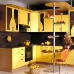 оригинальный дизайн угловой кухни