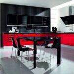 черный стол на кухне