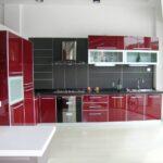 кухня больших размеров