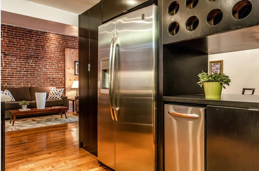 Холодильник в интерьере кухни в стиле лофт