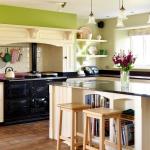 кухня с островом в ретро стиле