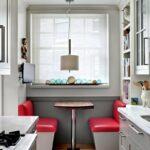 Идеи интерьера для маленькой кухниПланировка узкой кухниМаленькая узкая кухняУзкая кухня лучшие идеи