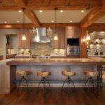 Интерьер кухни дерево и камень