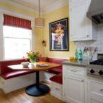 Обеденная зона для маленькой кухни