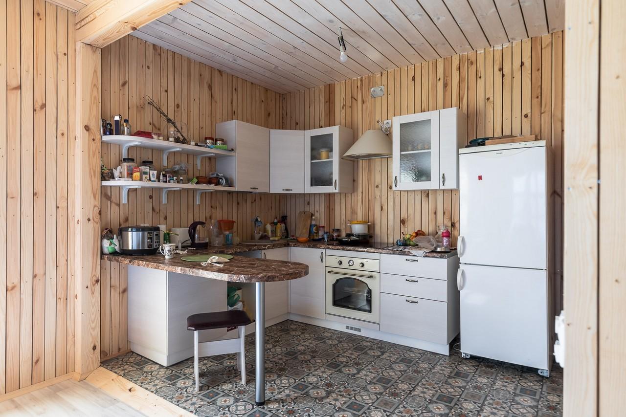 Планировка кухни на даче