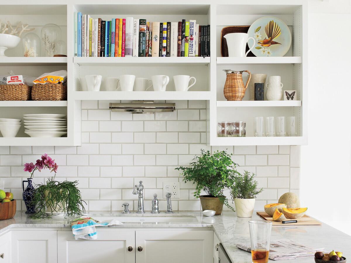 Дизайнерские решения для полочек на кухне