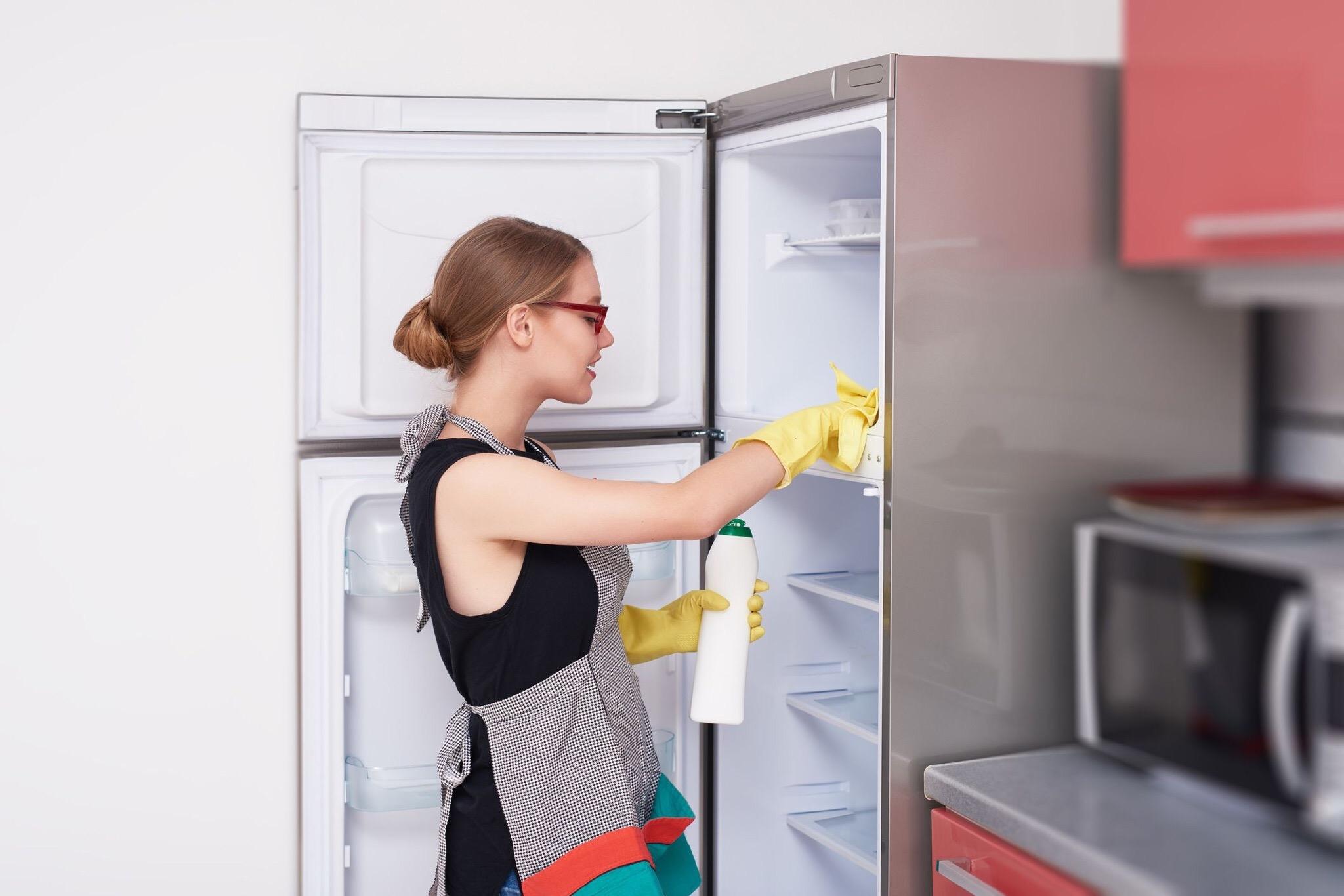 способы мытья холодильника