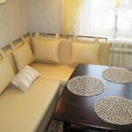 диван со спальным местом на кухне оформление идеи