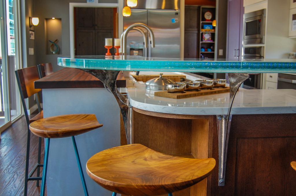 Комбинированная барная стойка