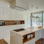 кухня минимализм островная