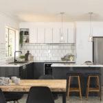 кухня с плиткойминимализм