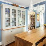 буфет кухонный белый стеклянный