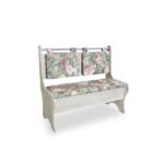 кухонная скамья с цветами