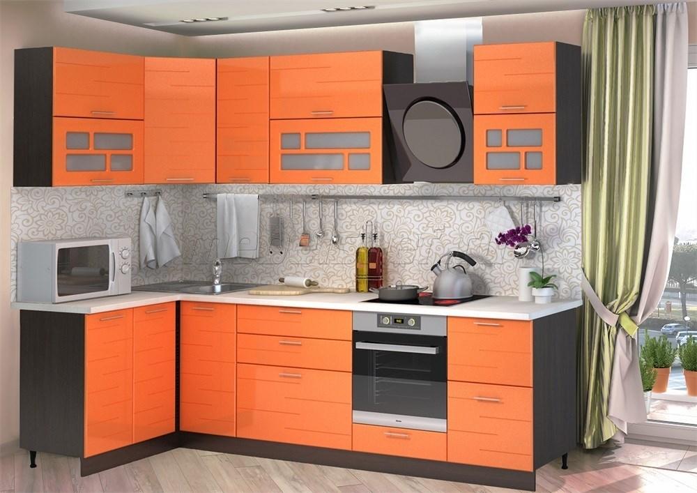 Угловой гарнитур на кухне