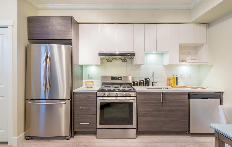 холодильник и плита