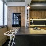 объединение балкона с кухней 29