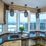 объединение балкона с кухней 32